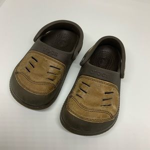 crocs with leather size 6-7 little boys